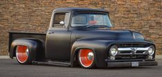old pickup trucks Classic Ford Trucks, Old Ford Trucks, Classic Cars, Hot Rod Trucks, Cool Trucks, Cool Cars, Custom Trucks, Custom Cars, 1956 Ford F100