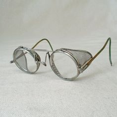 6369682db3 Vintage Steampunk Willson Aviator Driving Safety Glasses