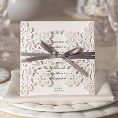 Elegant Flora Design White Wedding Invitation-Set Of 10/20/50 – USD $ 17.99