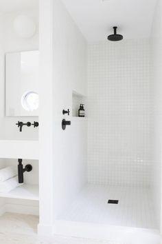 http://theultralinx.com/2015/10/minimal-interior-design-inspiration-7/