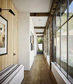 Craftsman Interior, Modern Rustic Homes, Modern Ranch, Entry Hallway, Indoor Outdoor Living, Ranch Style, Interior Design Studio, Large Windows, Beautiful Space