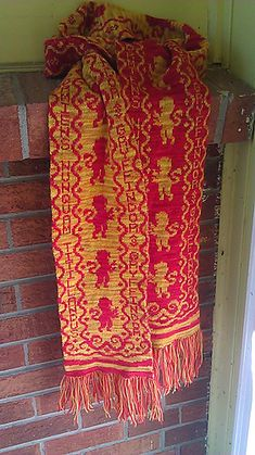 double knit gryffindor scarf! - this is a link to a free download that is the chart for the design only.