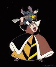 RARE Disney STITCH & QUEEN OF HEARTS Villain Alice in Wonderland LE 100 Pin