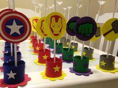 Centro de mesa Vingadores no Elo7 | Algodão Doce Arts (C46FDF) Pastel Balloons, Avengers Birthday, Cake Smash, Birthday Party Decorations, Spiderman, Baby Shower, Kids, Periwinkle, Gabriel