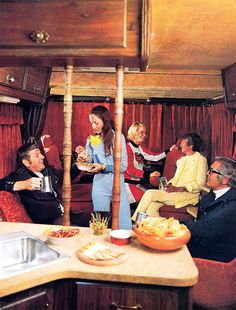 Campers of Shag (Part Another Look Inside Groovy RV's of the - Flashbak Cool Campers, Happy Campers, Cocktail Weenies, 1970s Party, Body Shower, Van Interior, Vintage Trailers, Vintage Campers, Camper Renovation