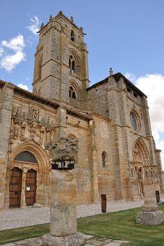 Iglesia de Santa María la Real, Sasamón, Burgos.