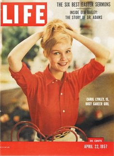 Carol Lynley was a teen model I used to see in my magazines who got 'lucky' in 1957 when at age LIFE magazine put her on their cover - it launched her into a film career. I used to think she was very cool! News Magazines, Vintage Magazines, Ernie Kovacs, Dr Adam, Carol Lynley, Look Magazine, Magazine Photos, Life Cover, Teen Models