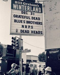 Grateful Dead Tour, Grateful Dead Image, Bill Graham, Go To High School, The Jam Band, Allman Brothers, Blues Brothers, Tour Posters, Band Photos