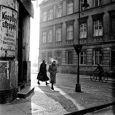 Bert Hardy: Street in Berlin, 1950s