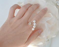 Arc Pearl ring
