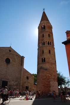 Caorle is a splendid city on the shores of the Adriatic which provides ample opportunities for cultural as well as beach tourism.
