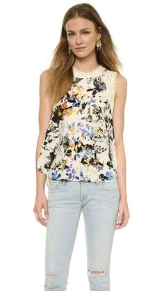 Elizabeth and James Airy Floral Vivi Top