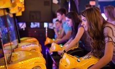 PA Groupon - Two or Four iPlay America Indoor-Theme-Park Game Cards (50% Off)