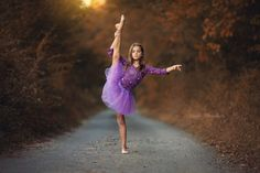 Outdoor Dance Photography, Toddler Photography Poses, Ballet Photography, People Photography, Photography Ideas, Dance Picture Poses, Dance Photo Shoot, Dance Poses, Ballet Pictures