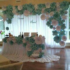 decoración con flores gigantes de papel17