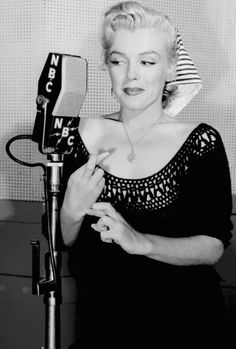 missmonroes:  Marilyn Monroe at NBC Radio, 1952