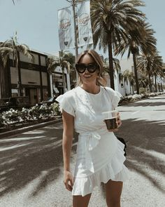 Shop Summer Dresses Now – Street Style – Summer Dresses Shop Now – Street Style Mode Outfits, Fashion Outfits, Fashion Tips, Fashion Trends, Dress Fashion, Womens Fashion, Fashion Ideas, Ladies Fashion, Fashion Styles