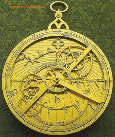 Astrolabe avec mouvements lunaires