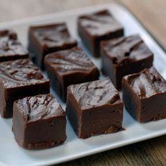 This vegan Chocolate Peanut Butter Fudge recipe is a healthier. guilt-free version of fudge with xylitol as the main sweetener. Sugar Free Fudge, Sugar Free Candy, Sugar Free Desserts, Sugar Free Chocolate, Sugar Free Recipes, Low Carb Desserts, Vegan Chocolate, Chocolate Recipes, Baking Chocolate