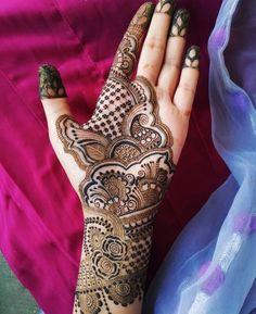 vendor-cover Mehandi Degine, Mehendi, Mehndi Design Pictures, Mehndi Images, Henna Tattoo Designs Arm, Henna Designs, Mehndi Desighn, Beauty Tips, Beauty Hacks