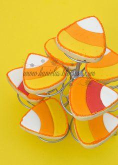 Cheerfully fun, vibrantly hued Candy Corn Cookies. #cookies #Halloween #candy #corn #food #baking #orange