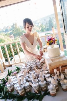 Real Wedding: Leilani and Brandon's DIY Backyard California Wedding --Single tier wedding cake plus cupcakes (not necessarily in mason jars)