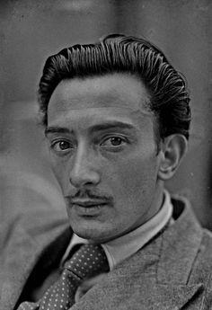 Salvador Felipe Jacinto Dalí i Domènech...