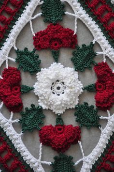 A detail from Kathryn White's Christmas Roses showing off the center Irish #Rose…