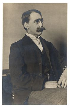 Citation: Carleton Wiggins, ca. 1890 / unidentified photographer. [Photographs of artists donated by the Worcester Art Museum], Archives of American Art, Smithsonian Institution.