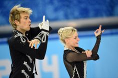 Yeah xD!!! Great Britain's Penny Coomes and Great Britain's Nicholas Buckland perform in the Figure Skating Ice  Dance Free Dance at the Iceberg Skating Palace during the Sochi Winter Olympics on February 17, 2014. AFP PHOTO / DAMIEN MEYER (Photo credit should read DAMIEN MEYER/AFP/Getty Images)
