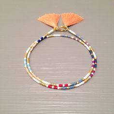 Graine de bracelet envelopper amitié Bracelet envelopper Bracelet amitié perles perle perles bijoux Cette liste est pour un remplissage or perles Bracelet. Bracelet est fait dun perles Miyuki Delica, finis avec un or fermoirs enfumées. Or rempli le niveau suivant et est une alternative de qualité incroyable, à lor massif. Placage à lor est le plus faible niveau, ces éléments ont tendance à ternir et peut souvent tourner la peau verte. Or rempli est une véritable couche dor-pression liée à…