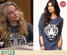 Maya's blue studded tiger sweater on Girl Meets World. Outfit Details: http://wornontv.net/36944/ #GirlMeetsWorld