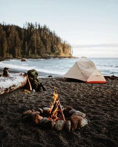 World Camping. Camping Advice For Those Who Love The Outdoors. Camping is a great choice for your next vacation if you want to really enjoy yourself. To get the most from your next camping trip, check out the tips in t Camping Places, Camping Spots, Camping And Hiking, Camping Life, Outdoor Camping, Camping 101, Beach Camping, Camping Gadgets, Camping Hammock