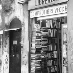 Bookshop Bucket List: Unknown - Napoli Italy... if anyone one knows the name of this store please let me know! #bookshop #bibliophile #literature #books #bookstagram