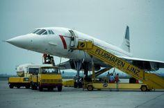 eine von insgesamt 4 #Concorde Landungen am blue danube airport linz.