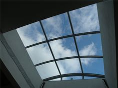 School of foreign languages in Greece with skylight project. Construction without silicon. 10 years guarantee. www.glazetech.gr