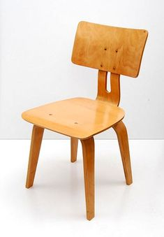 "Hammer 	€ 135 Number of Bids 	21 General Info LotNumber 105 Description  Wooden chair ""Berkenserie SB 02"", design Cees Braakman 1955, executed by UMS-Pastoe, Utrecht / the Netherlands Executed UMS-Pastoe, Utrecht / the Netherlands Signature None Year 1955 Condition Used condition, has been re-lackered Height 81 cm. / 31.9 inch Width 41.2 cm. / 16.2 inch Depth 50 cm. / 19.7 inch"