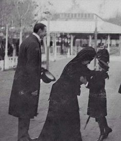 Queen Alexandra greeting her grandson Prince Olav of Norway, later King Olav V