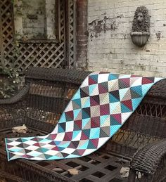 Lily's Quilts: Quarter Square Triangles Tutorial - Made with Oakshott