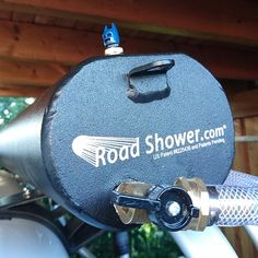 The water supply in the bus is limited. Even with an existing outdoor shower . The water supply Camper Caravan, Truck Camper, Camper Van, Vw Bus, T6 California, Solar Shower, Van Camping, Auto Camping, Camping Gear