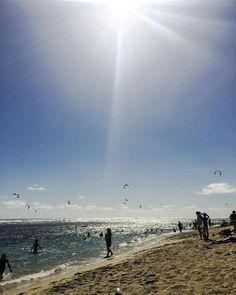 Des années que je ne m'étais pas posé là ! #plage #lareunion #tropicallife #islandlifestyle #beach #sun #nature #water #ocean #instagood #photooftheday #beautiful #sky #fun #pretty #sand #reflection #amazing #beauty #beautiful #shore #waterfoam #seashore #waves #wave #kytesurf by jul13n