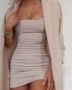 Shop U-neck Thin Striped Glitter Dress right now, get great deals at clothmyths Glamouröse Outfits, Teen Fashion Outfits, Cute Casual Outfits, Stylish Outfits, Night Outfits, Girly Outfits, Trend Fashion, Look Fashion, Elegantes Outfit