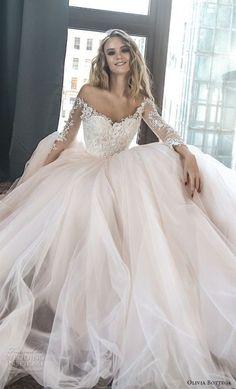 fea11cba6ee8 82 Best Wedding Dresses images in 2019