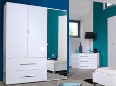 Contemporary high gloss mirrored wardrobes
