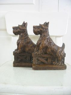 Vintage Dog Bookends Scottie Terrier Wood Brown by vintagejane