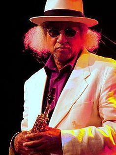 Wenn du Saxophon liebst, dann bist du hier mehr als richtig. Gary Bartz ist einer der bestenJazz-Musiker, die es heutzutage gibt. Im Alter von 11 Jahren begann er Altsaxophon zu spielen und verlie…