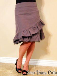 Sew Dang Cute Crafts: Charlotte Russe Inspired Skirt Superbe avec des motifs sur la jupe et plain sur les ruffles