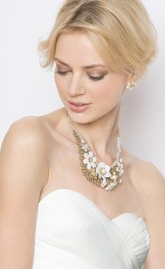 Bring a touch of #boho whimsy to any dress with the Pearly Petals statement #necklace