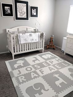 A beautiful neutral colored personalized safari animals foam play mat. This play mat is light gray and white and is perfect for the decor of this nursery. Nursery Room, Nursery Decor, Girl Nursery, Baby Room, Soft Tiles, Playroom Flooring, Soft Play Area, Grey And White, Gray
