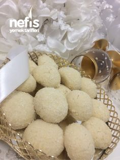 Snow White Cookie (Eating as Recipe for Eating Addicts) – Yummy Recipes - Kekse Ideen Yummy Recipes, Yummy Food, Homemade Beauty Products, Granola, Biscuits, Food And Drink, Sweets, Sugar, Dishes